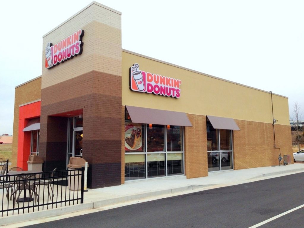 An outdoor view of a Dunkin' Donuts